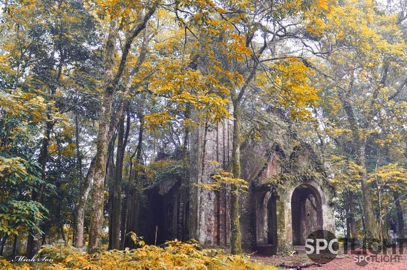 Nhà thờ đá Ba Vì
